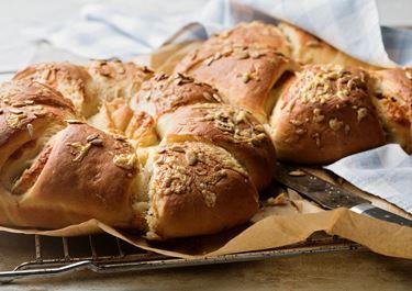 Brytbröd med pesto