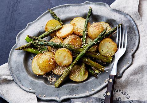Rostad potatis och sparris