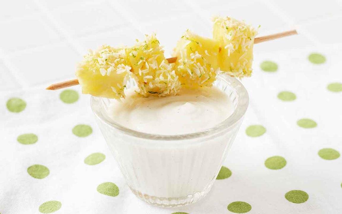 Ananasspett med vaniljyoghurt