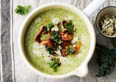 Rotselleri- och grönkålssoppa med svamp