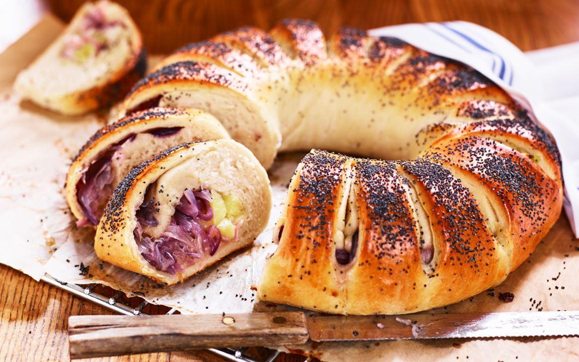 Fyllt bröd med potatis och cheddar