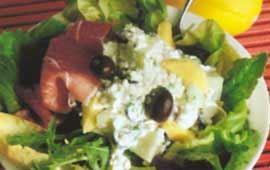 Smakrik sallad med en saftig melonröra