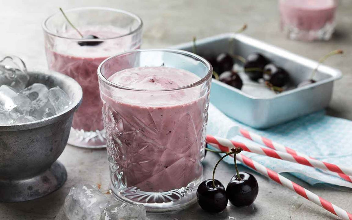 Milkshake med körsbär och mandel