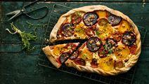 Pizzapaj med rödbetor