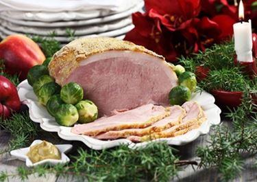 Julskinka med kål och hasselbackspotatis