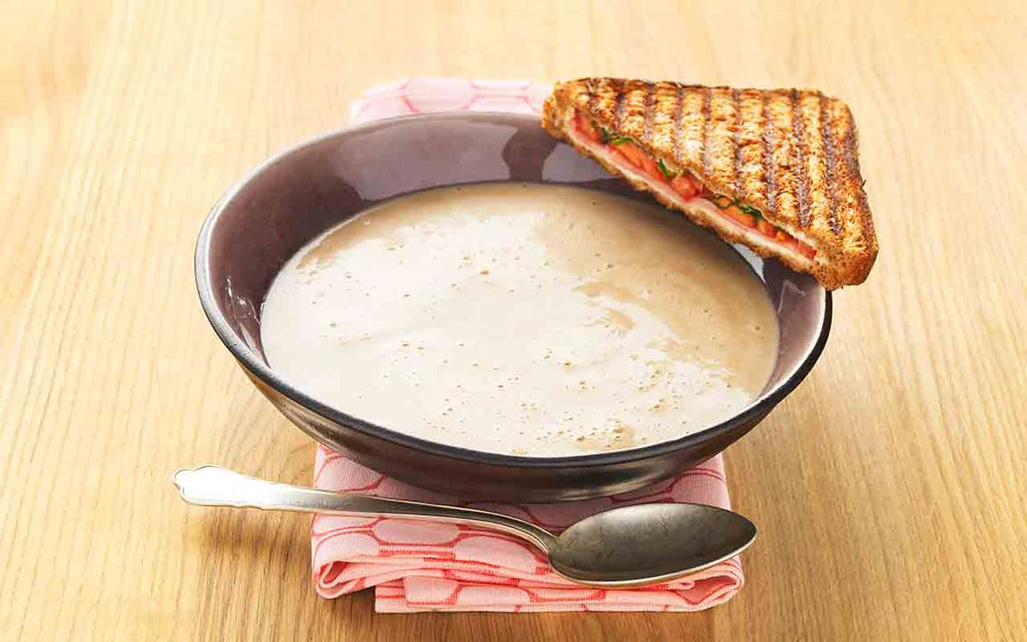 Svampsoppa med skinktoast