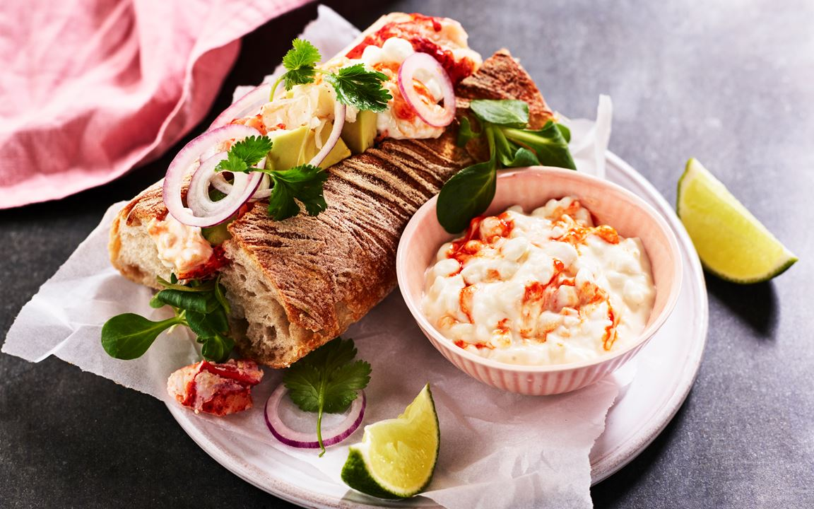 Lobster roll med cottage cheese