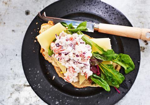 Mackor med ost och grönt