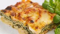 Lasagne med spenat och ostsås
