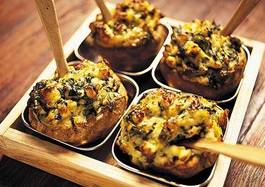 Bakad potatis med ädelost
