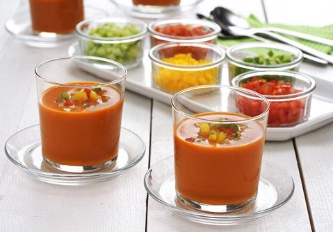 Gazpacho med grönsakstopping