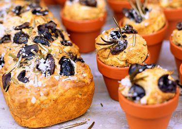 Snabbt bröd med oliver