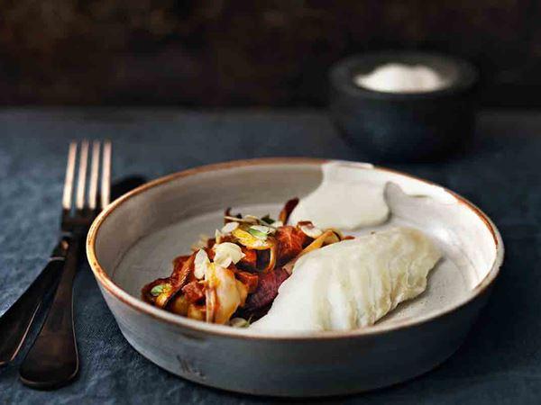 Rimmad torsk med kikärter och mandel