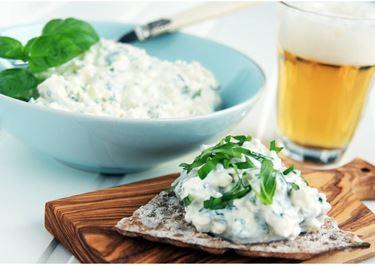 Krämig ost- och basilikasill
