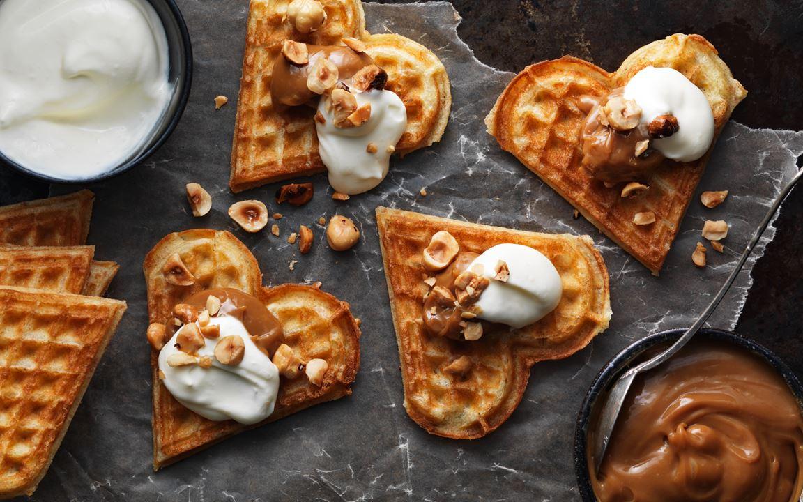 Våffelsnittar med hasselnötter och dulce de leche