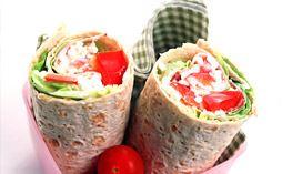 Wrap med skinka och paprika