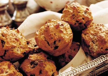 Lingon- och lökmuffins