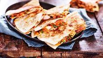 Het tortilla med kyckling och rucola