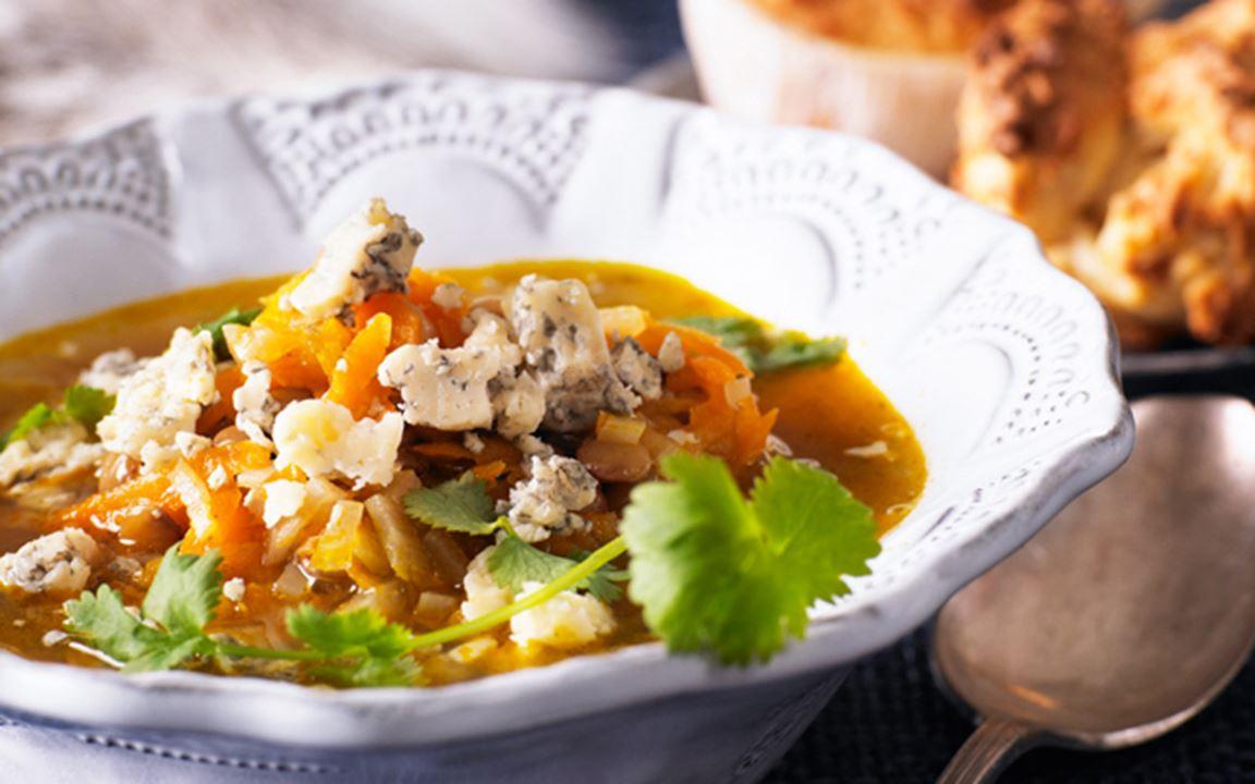 Grön linssoppa med ädelost