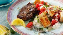 Lammkotletter med tomat- och brödsallad