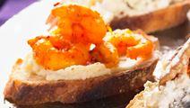 Saffransräkor på crostini