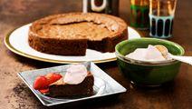 Kardemummakryddad mudcake med vispgrädde