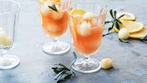 Lemonad med honung och lavendel