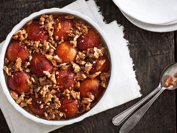 Rostad persika med kanderade valnötter