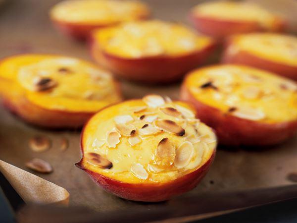 Vaniljgratinerade persikor