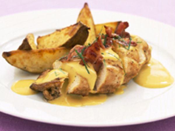 Kyckling med bacon och ostsås