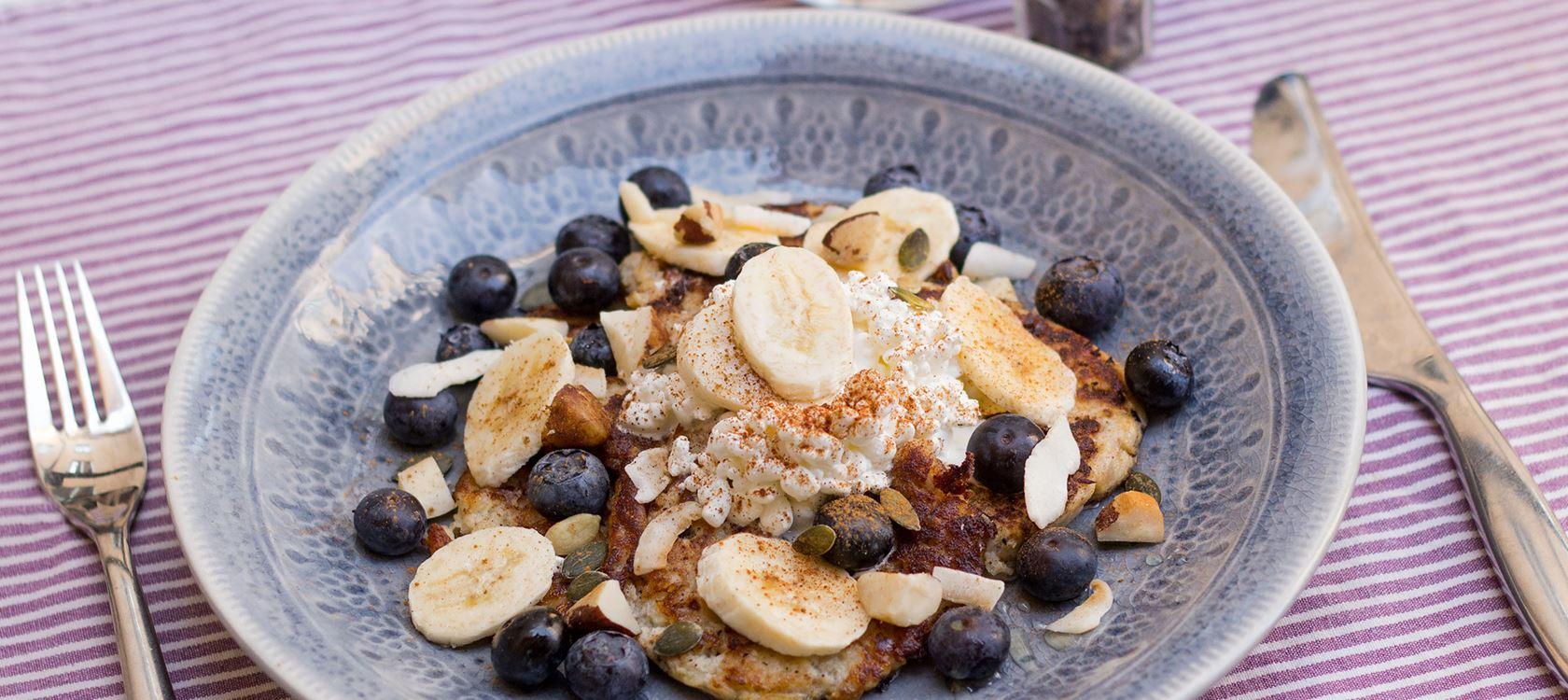 Bananpannkakor med cottage cheese recept arla for Med cottages