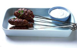 Kebab med yoghurtsås