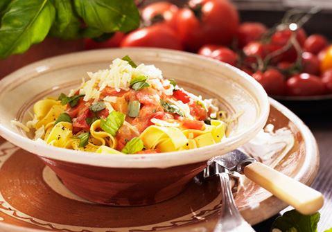 Färsk tomatsås