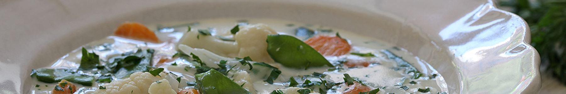 Soppor med ärtor, bönor och linser