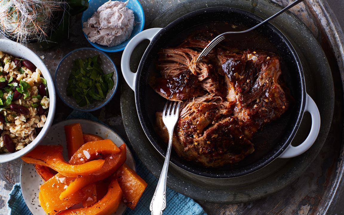 Pulled pork med rostad pumpa och röd bönröra