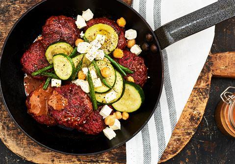 Köttfärsbiffar med rödbetor