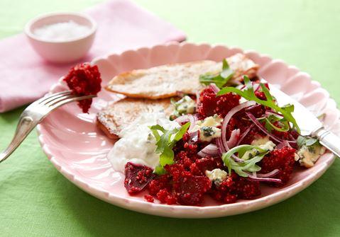 Quinoa med rödbetor och kyckling
