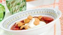 Smält rabarber med jordgubbar