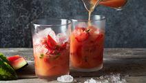 Juice med vattenmelon, jordgubbar och grape