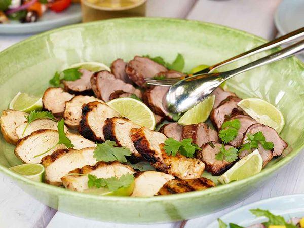 Grillad fläskfilé och kyckling med lime