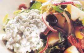 Potatissallad med cottage cheese och basilika
