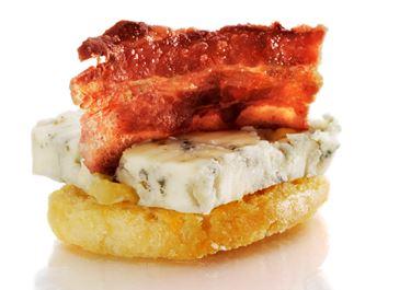 Crostini med bacon och ost
