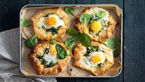 Filodegsrutor med skinka och ägg