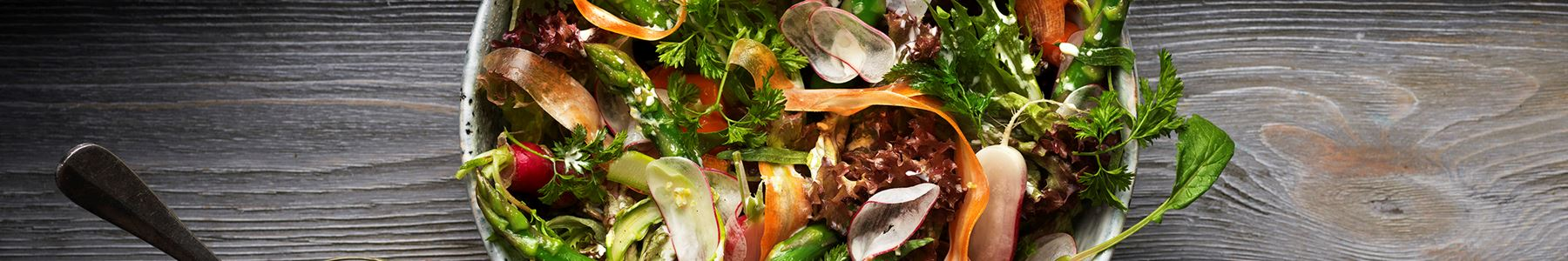 Morötter + Sparris + Sallad