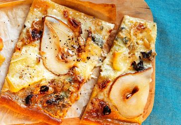 Pizza bianca black and white