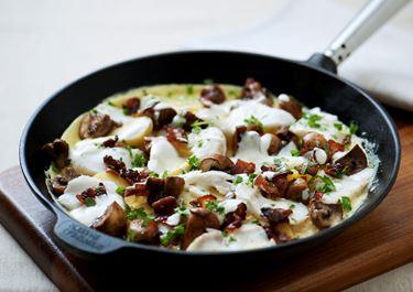Potatisomelett med champinjoner och fisk