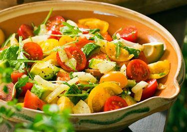 Tomatsallad med balsamicoyoghurt