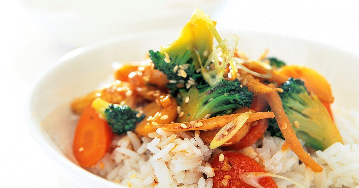 vegetarisk wok med ris