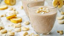 Banana Smoothie with Cashew Nuts
