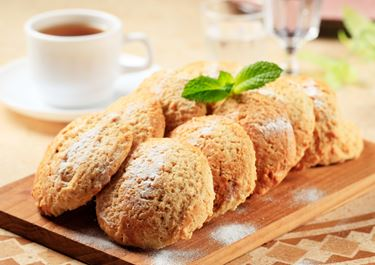 Oat Cakes with Soda Bicarbonate